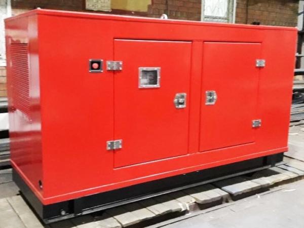 Дизельный генератор IVECO АД-100С-Т400 в кожухе