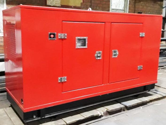 Дизельный генератор IVECO АД-136С-Т400 в кожухе с АВР